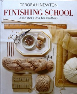Książka Finishing School: A Master Class for Knitters
